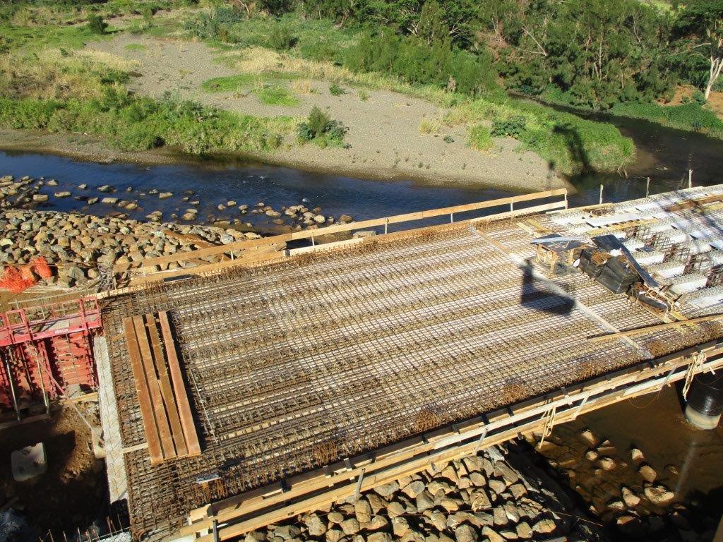 Pont de Ouéna en construction